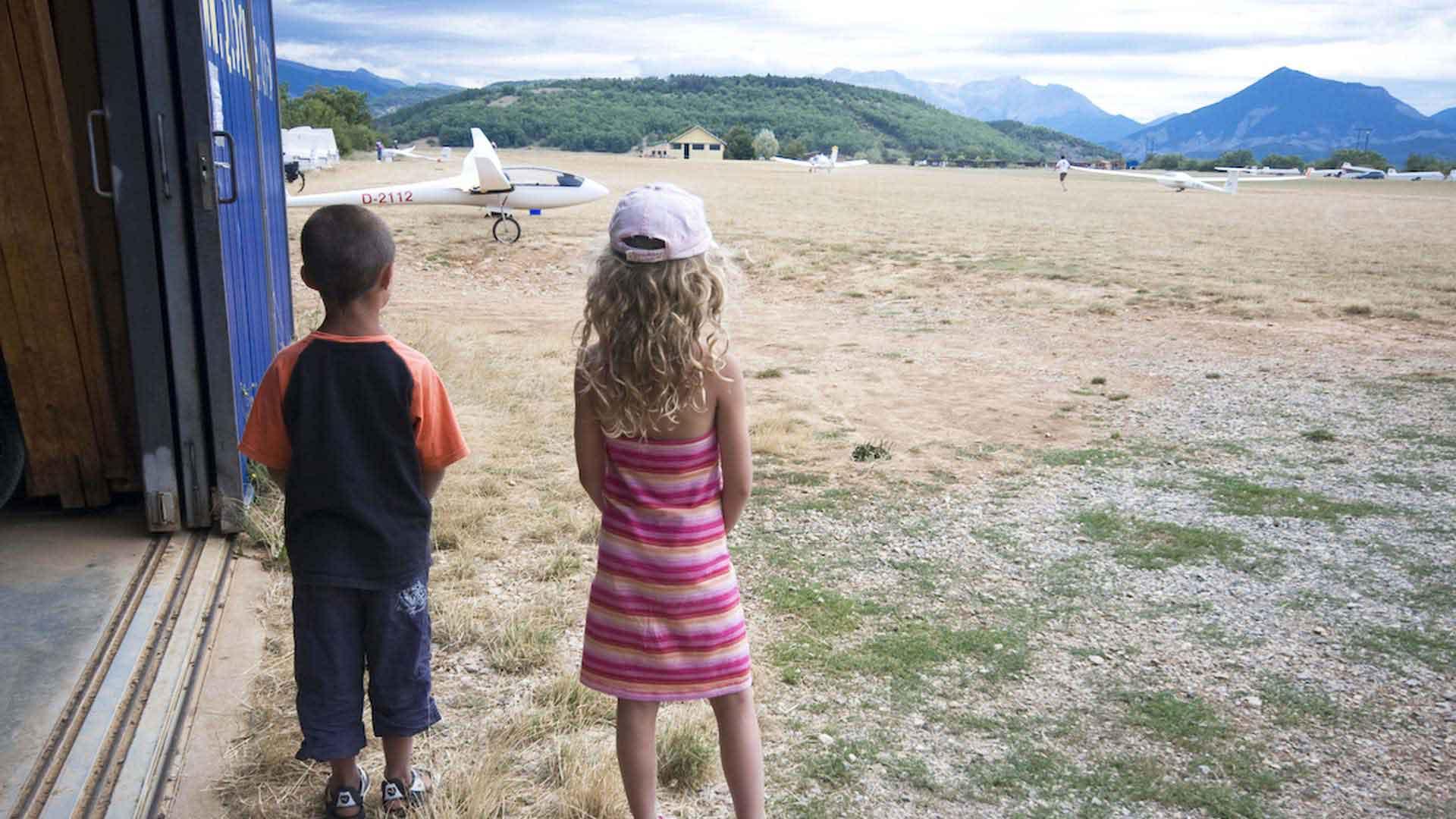 planeur-enfant-alpes